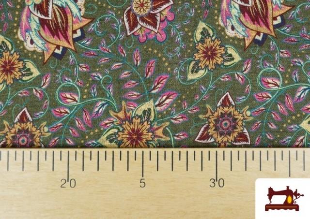 Acheter en ligne Tissu de Tee-Shirt Interlock avec Imprimé Cachemire Florale couleur Vert