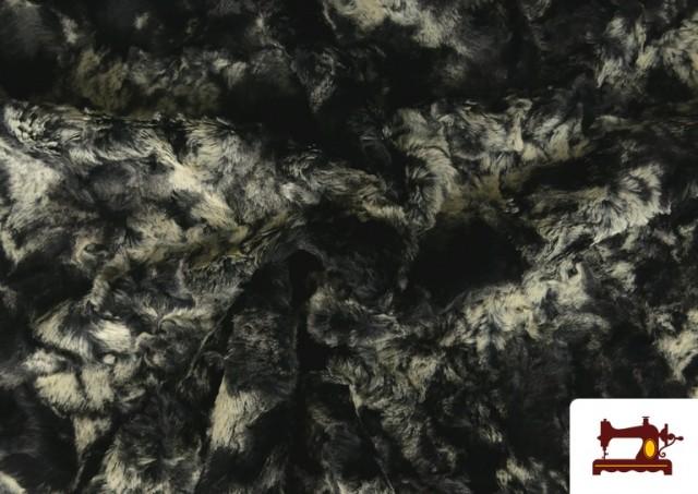 Acheter en ligne Tissu à Poil Doux pour Écharpes et Vêtements couleur Gris