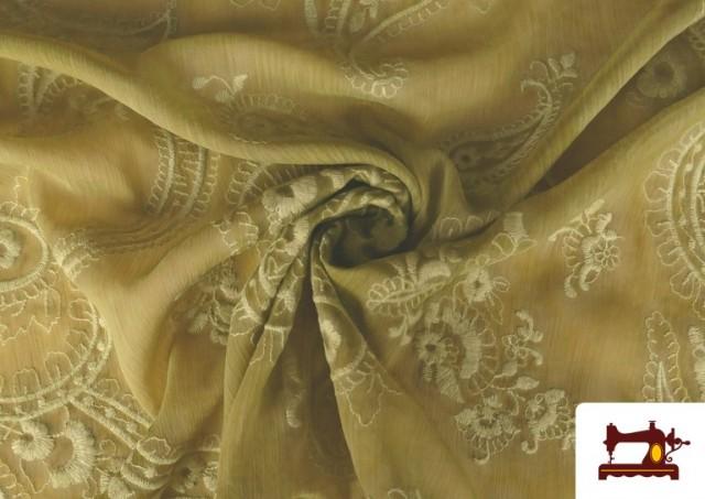 Vente en ligne de Tissu en Mousseline Brodé avec Cachemire Vert