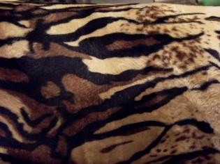 Tissu Imprimé Imitation Tigre - Poil Court