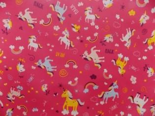 Tissu en Pull Imprimé avec Licornes de Couleurs